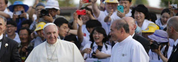 """Francisco, el """"ídolo"""" que desata pasiones entre los jóvenes católicos de Asia"""