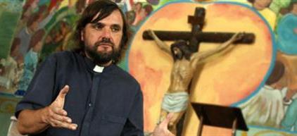 """Padre Pepe: """"La sociedad no está suficientemente madura para despenalizar el consumo"""""""