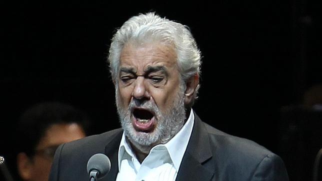 """Plácido Domingo, obligado por la fiebre a suspender sus funciones de """"Il trovatore"""""""