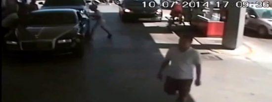 [Vídeo] Así se roba en Ibiza un reloj de 500.000 € al 'tirón' en un Rolls-Royce