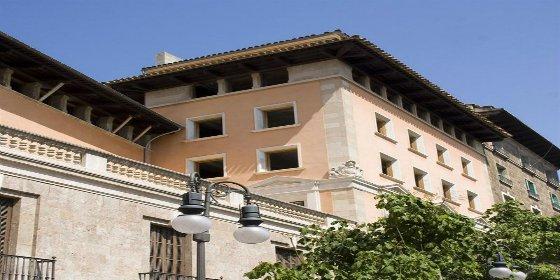 Un grupo inversor internacional se hace con el palacio de Can Puig por 5,15 millones