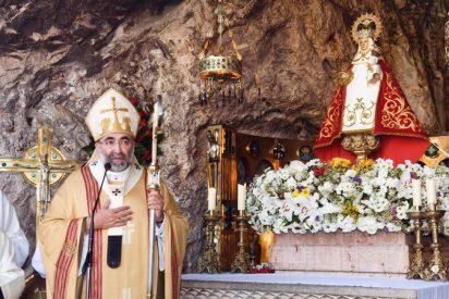 Sanz inaugura la novena a la Santina