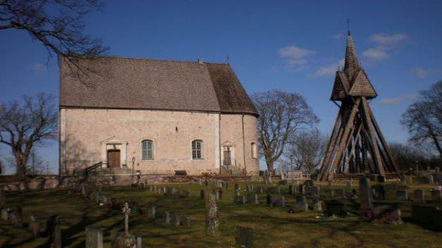 Encuentran restos de 80 personas en una iglesia sueca