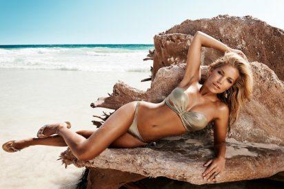 Sylvie Meis olvida a su marido futbolista bajo el sol de Ibiza