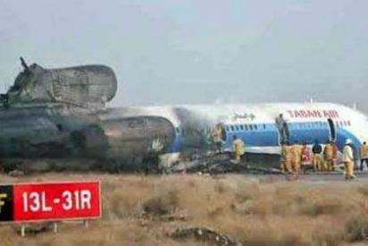 Cuarenta muertos, entre ellos 7 niños, al estrellarse un avión en Teherán nada más despegar