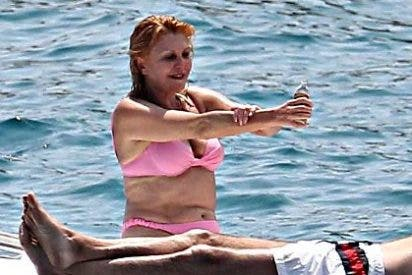 El ministro Montoro le echa un cubo de agua fría a las vacaciones de la baronesa Tita Thyssen