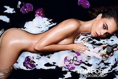 Tom Ford desnuda del todo Cara Delevingne para vender su fragancia 'Black Orchid'