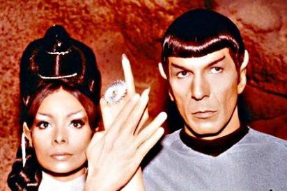Muere Arlene Martel, la actriz que hacía de la sacerdotisa T'Ping en Star Trek