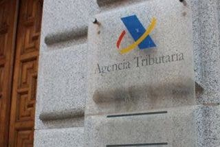 La Agencia Tributaria detecta una reducción en la entrada de tabaco de contrabando en los recintos aduaneros