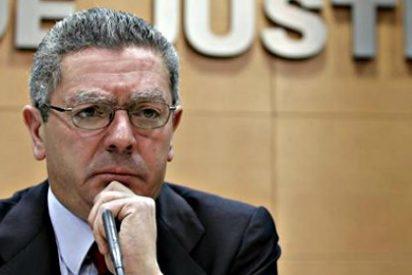 El ministro Ruiz-Gallardón se plantea dimitir si Rajoy aparca la ley del aborto... según la 'Cadena SER'