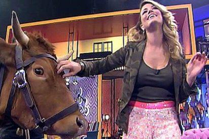 Telecinco 'deja sin voz' a las chicas de 'Hable con ellas' al cancelar su programa