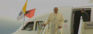 """""""Este país es un ejemplo. Son ustedes un pueblo bravo"""", dijo el Papa al primer ministro"""