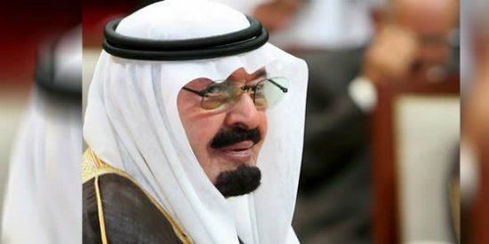 El rey de Arabia Saudí advierte que el Estado Islámico atacará a Europa en apenas un mes