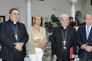 """El nuncio del Papa defiende la """"unidad armónica en la diversidad"""" para España"""