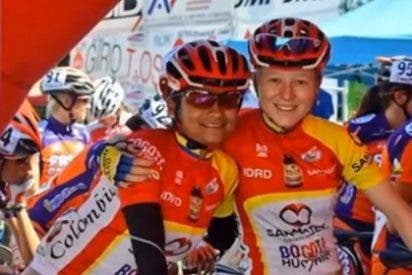 "Brian Cookson califica ""inaceptable"" el uniforme del Bogotá Humana"