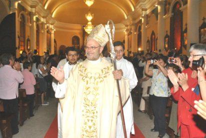 Sicarios amenazan de muerte a cuatro sacerdotes peruanos de Callao