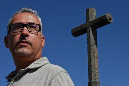 Educación decidirá sobre el profesor de religión gay cuando culmine su expediente