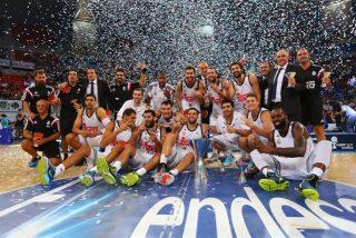 El Real Madrid de baloncesto aplasta al Barcelona y se apunta la Supercopa