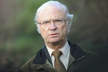 El rey Carlos Gustavo de Suecia se salva por los pelos en un tremendo accidente de coche