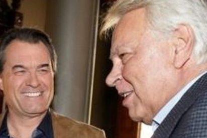 Felipe González cree que Pujol no es corrupto pero encubre a sus hijos
