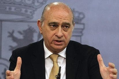 Fernández Díaz condecora a Rouco