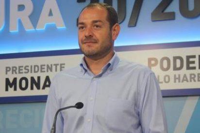 """El PP afirma que """"ha cerrado la fábrica socialista de crear parados"""" en Extremadura"""