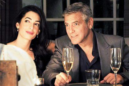 El guapo George Clooney y la bella Amal Alamuddin se dejan ver tras su boda