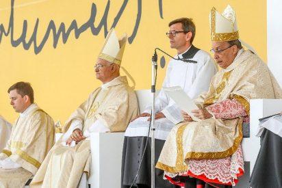 El prelado del Opus Dei hace un canto a la familia tradicional
