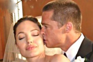Angelina Jolie tiene 'agarrado por las pelotas' a Brad Pitt con un contrato matrimonial blindado