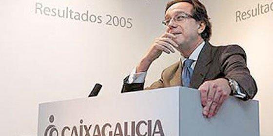 Documentación desvela supuestas ventas por 1,8 millones a la mujer de Méndez