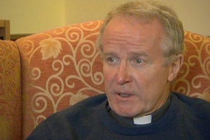 Un obispo británico renuncia tras reconocer una relación con una mujer