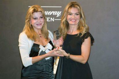 La Baronesa Thyssen, entre otros famosos, galardonada con el Premio Laurel Platinum