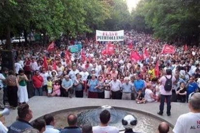 Más de un centenar de trabajadores de Elcogas de Puertollano se concentran en Toledo