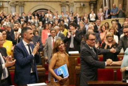 A por todas y más: El Parlamento de Cataluña aprueba la ley de consultas no refrendarias