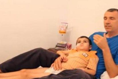 """El padre que secuestró a su hijo con tumor cerebral del hospital: """"Está bien y muy feliz"""""""