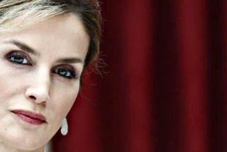"""Una periodista del Newsweek tiene la desvergüenza de describir a la reina Letizia como una """"muñeca mecánica"""""""
