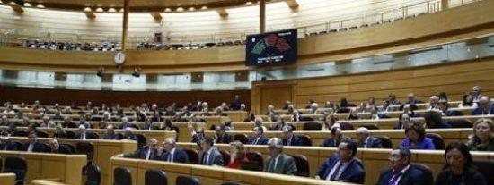 El Senado propone incrementar las sanciones por piratería, cambios en la 'tasa Google' y seis vetos