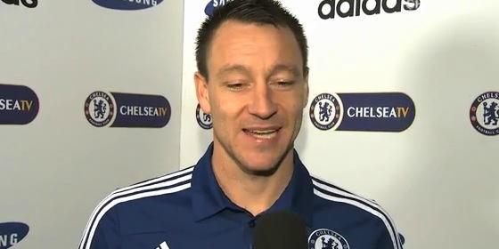 Terry es insultado por uno de sus excompañeros