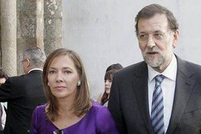 Mariano Rajoy y su esposa asisten al funeral en memoria de Isidoro Álvarez