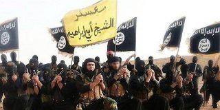 El secreto de cómo el oscuro Estado Islámico hace pingües negocios con el petróleo