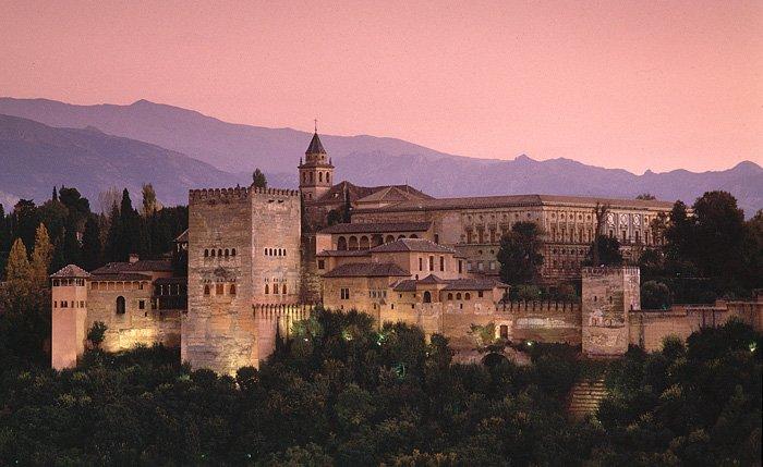 El Patronato de la Alhambra aprueba el nuevo sistema de venta de entradas
