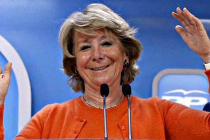 De tortillas y nonagenarias: Esperanza Aguirre embiste contra los agentes de movilidad