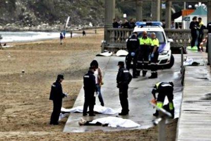 Fallecen en la playa de Zarautz dos hermanos mientras hacían surf