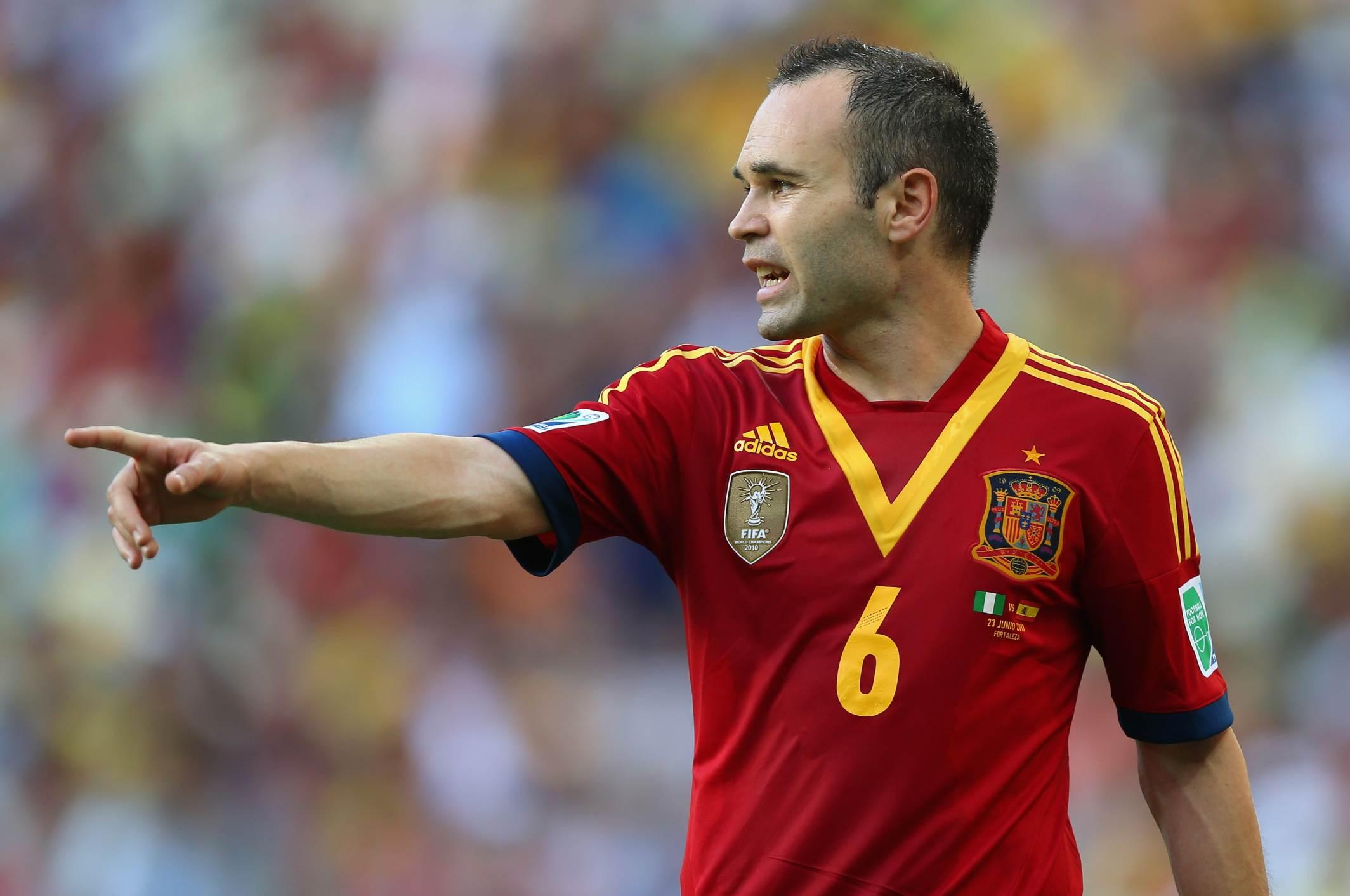 Los 5 mejores jugadores en la historia de la Selección para Iniesta