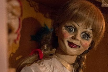 El vídeo en el que la terrorífica muñeca Anabelle cobra vida y te hiela la sangre