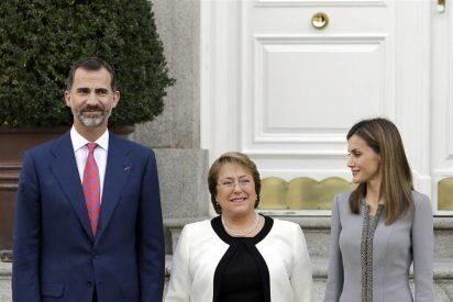 Los Reyes ofrecieron un almuerzo a la presidenta de Chile, Michelle Bachelet
