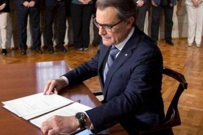 El País le dice a Rajoy que organice él el referéndum en Cataluña