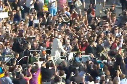 """Tras el Sínodo, el Papa advierte contra las divisiones y las envidias que """"desmiembran la Iglesia"""""""
