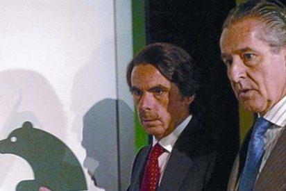 """El broncazo de Aznar a Ussía por criticar a Blesa: """"Te equivocas con él, es una persona honorabilísima"""""""