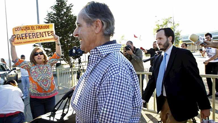 Caja Madrid, inmoralidad a golpe de tarjeta durante una década
